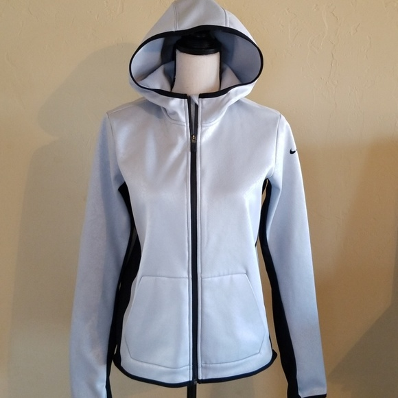 5a1521a599241 Nike Therma All Time Tech Womens Vixen Hoodie